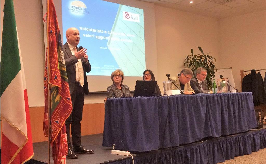 Enrico Vidale insieme ai presidenti AIDO e AVIS al Circolo Veneto